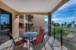 Bahia Encantada 3E - Luxury 3 Bedroom Professionally Design Condo