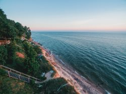 Quintessential Lake Michigan Cottage with Private Beach