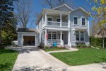 Charming home - Sleeps 14