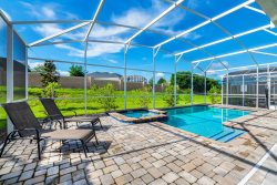 NEW BETHEL Orlando Villa - Sleeps 12, 6bdr/ 6bath With Pvt Pool/ Jacuzzi, Game Room and close to Disney - Resort Amenities included
