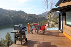Lake Simtustus Resort- Juniper Hill Tiny Home B 12- Hot Tub