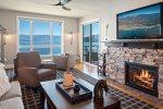 Top Floor | Luxury Waterfront  Condo - Seasons at Sandpoint