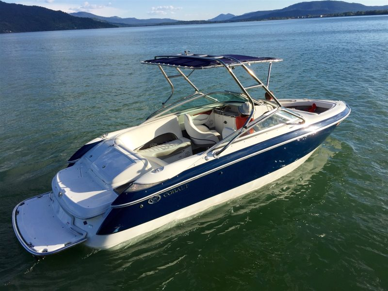 DM Vacations | Cobalt Boat Rental