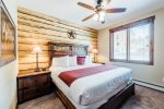 King suite with Rocky Mountain Views, Fireplace, and Deck. 5-minute stroll to downtown Estes Park.
