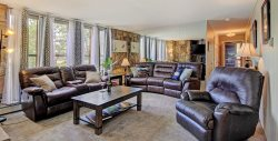 Renovated Mountain Chic Condo with Lake and Mountain views