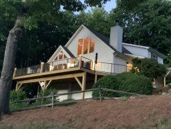 A Ridge View 3 Bedroom home near Waynesville and Maggie Valley. Beautiful Mountain views near Cataloochee Ski Resort