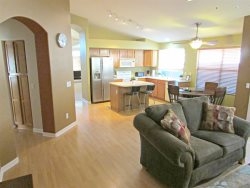 Longer Stay Discounts! Home Near Mayo Clinic/Desert Ridge, Ping Pong Table
