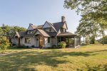 Luxury three dwelling compound in Edgecomb