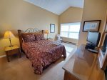 MasterBedroom with Queen Bed and mountain view has own private full bath, cable tv and DVD player