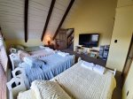 Loft: 4 Twin beds with half bath
