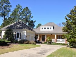 Bannockburn Cottage with Expansive Deck and Golf Course Views