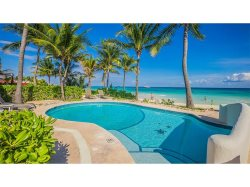 Luxury 3bdr Villa - Beachfront w/pool