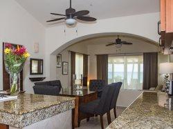 Luxury 2BD Villa - Beachfront w/pool family friendly