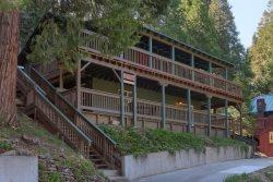 Sierra Creekside Cabin