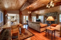 Bass Lake's Manzanita Cabin! New Listing!