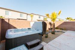 Vida Sol - 4 br. Private hot tub, perfect location.  All new