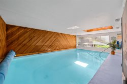 Welcome to CC's Cottage - Indoor Pool and Minutes to Sandbanks