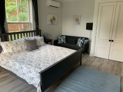 County Cove - Picton Suite in the Heart of Wellington