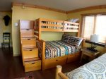 Pyramid Bunk and Queen Bedroom w Entertainment Center