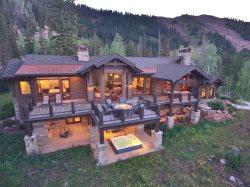 Mountainside Luxury Chalet