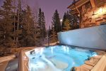 Outdoor Hot Tub with Ultimate Privacy
