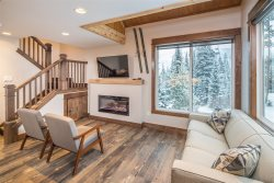 2 Bedroom Luxury Condo | Big Sky Resort Mountain Village