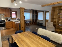 Welcome to Redbud Condo- Downtown Crested Butte- 20% Fall Colors Discount until 9.30.21