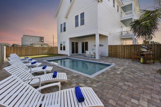 5 Bedroom Beach House