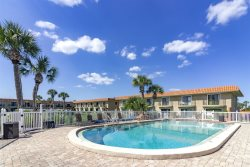 Beautifully Updated Oceanside Townhouse