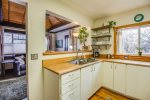 Historic Downtown Cottage- Walk Everywhere! Breath of Fresh Air!