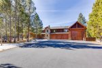 Welcome to Deschutes River Lodge, where you`ll live in luxury.