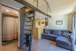 Florida Street Cottage, a modern studio located in DOWNTOWN Bend! Walking Distance to local eats and breweries
