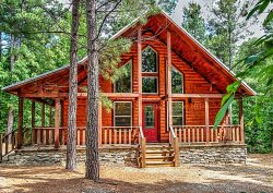 MANY MOONS- Luxury Couple's Cabin,  Hot Tub, Fireplace, Large Soaker Bath, WiFi, Direct TV