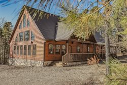 Peaceful Peak-Inside State Park|Secluded|Close to Lake|3 Bedroom|Sleeps 8