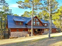 Grand Getaway- 3 STORIES LUXE cabin! 6,400sqft|Game Room|Pool Table|Soaking Tub/Hot Tub