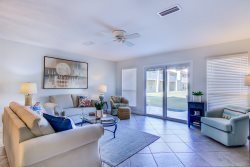 2B at Seacove is a newly renovated three-bedroom, three-bathroom townhome that perfectly accommodates eight guests.
