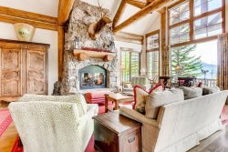 Skywatch 50, 6 Bedroom/6 Bath, SKI IN/SKI OUT, Spectacular Views! Private Hot Tub! Ritz Carlton Pool & Hot Tubs!