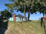 2 Bedroom Cottage Steps to the Beach