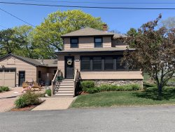 Spacious 5 BR House with many Amenities