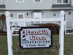 Spacious end-unit 2 BR / 1.5 Bath Condo in the heart of Old Orchard Beach!