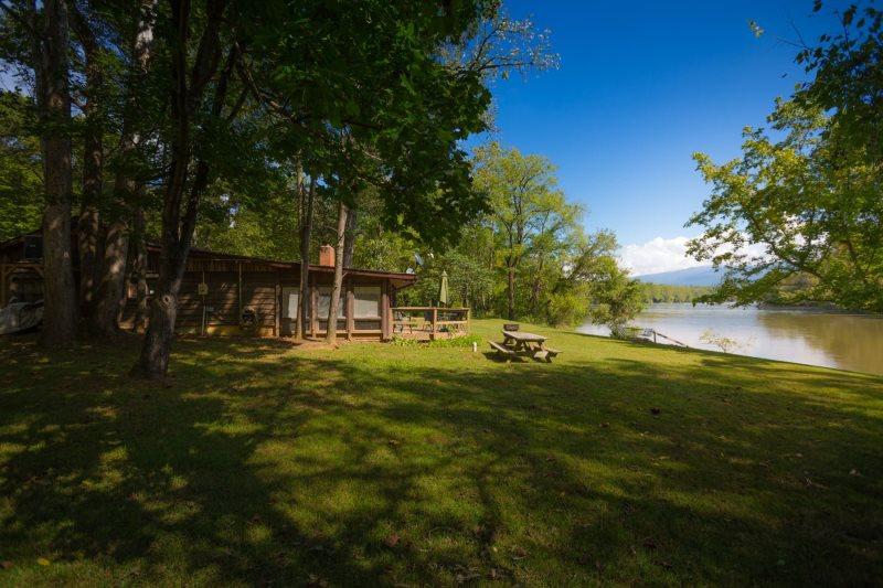 CP Misty River Retreat W/ Optional Annex