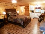 Cottage w/ Queen Bed