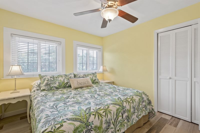 Sunset Cottage Fort Myers Beach Vacation Rental Beachfront