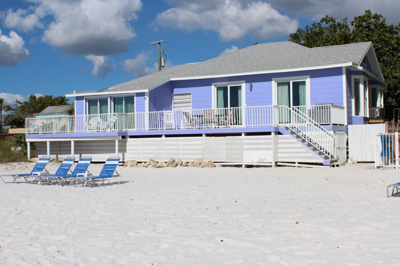 Right On The Sand With 3 King Masters Ensuite Baths 2 Bunk Beds And Huge Beachfront Deck Plus Free Lounge Chairs Umbrellas