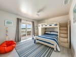 Full and Twin bunkbed bedroom