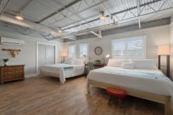 Ocean Jewel Unique Urban Beach Loft is here to welcome you to Fort Myers Beach