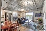 Ocean Jewel Unique 2 BR Urban Beach Loft is here to welcome you to Fort Myers Beach