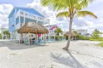 Sugar Beach Ocean Mist Direct Beachfront, awesome sunsets, private Tiki hut and shared Heated Pool