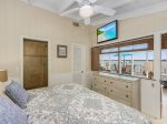 Twin Bedroom with ensuite bath