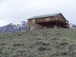 Wapiti Mountain Cabin